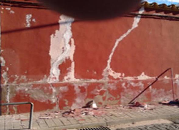 reabilitacion-fachada-roja-calero-torres