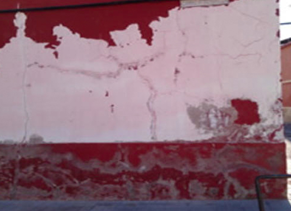 rehabilitacion-fachada-roja-blanca-calero-torres